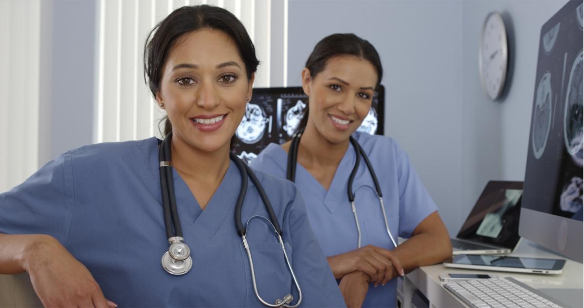 Día de la Enfermera y el Enfermero, pilares fundamentales en el área de  salud - AMIIF